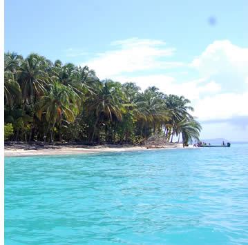 Zapatillas Island in Bocas del Toro, Panama